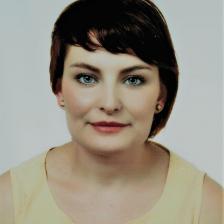 Aleksandra Szaro